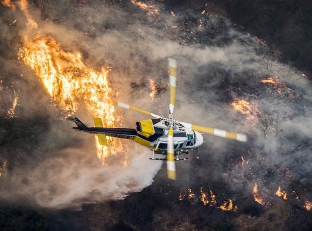 VATRA-NE-JENjAVA-Pred-pozarima-u-Kaliforniji-evakuisano-200000-ljudi