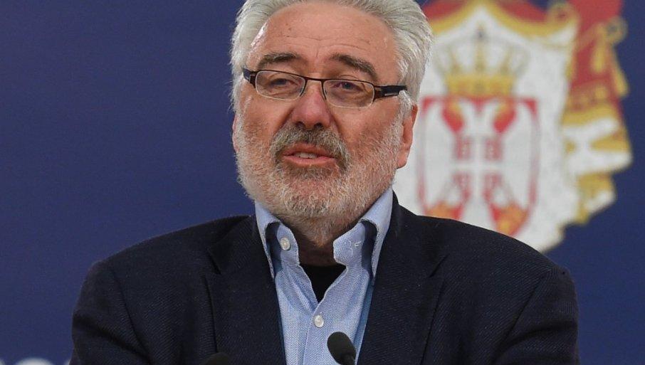 DR NESTOROVIĆ ZAVRŠIO KARIJERU? Pulmolog podelio fotografiju kojom je  objavio kraj (FOTO) | Novosti.RS