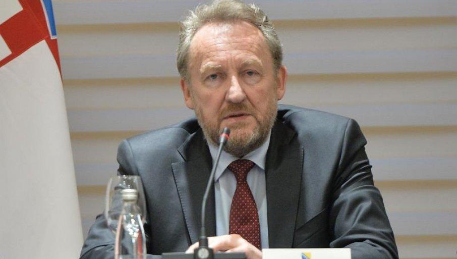 ПУКЛА БРУКА ПРЕД ЦЕЛИМ СВЕТОМ: Изетбеговић направио инцидент пред Саветом безбедности УН