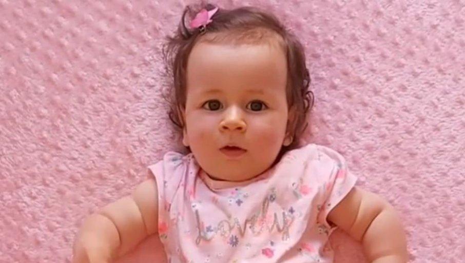 OVO SU NAJLEPŠE VESTI: Malena Sofija svakim danom sve bolje, lekari u SAD zadovoljni - roditelji poslali važan apel (VIDEO)
