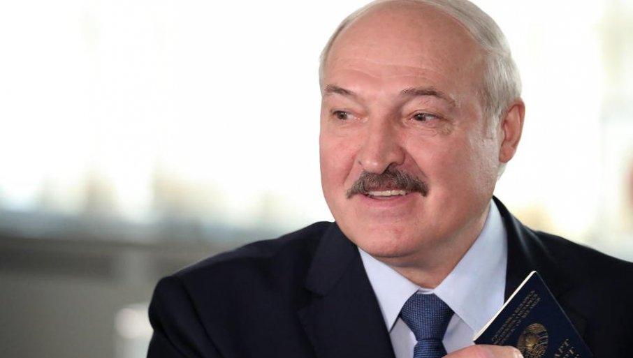 ZAIGRALA MEČKA PRED VRATIMA BRISELA: Lukašenko žestoko odgovorio EU, pljušte nove pretnje Belorusiji
