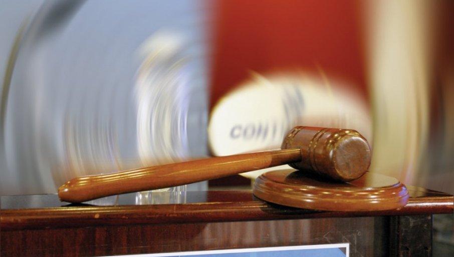 ВОЗИО КОКАИН, ПА УДАРИО ПОЛИЦИЈСКО ВОЗИЛО: Тужилаштво незадовољно висином казне