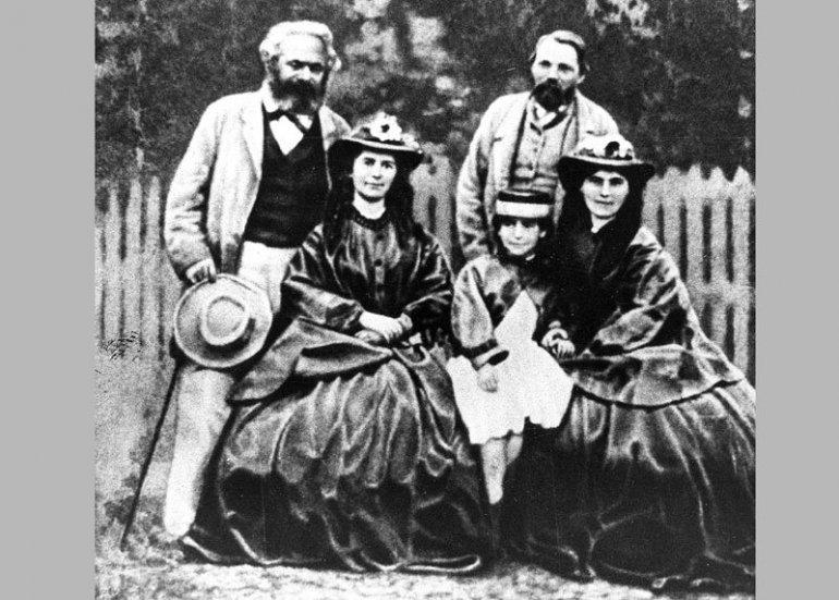 ПОРОДИЦА Енгелс са Марксом и његовим ћеркама, Фото архива