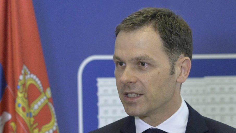 EVO KADA POČINJE ISPLATA POMOĆI OD 60 EVRA: Ministar Mali objasnio postupak prijave pa najavio još jednu novinu