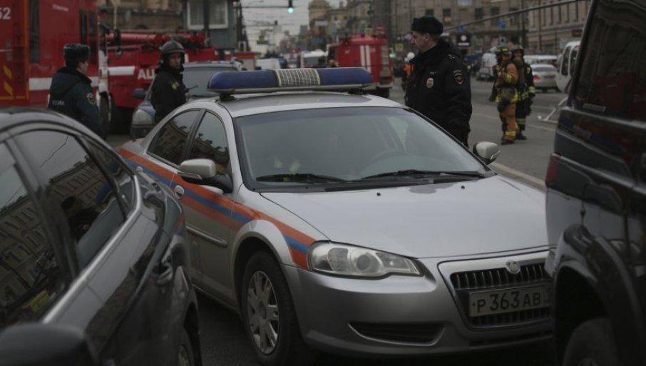 Image result for pao sa zgrade i ubio bebu u kolicima rusija