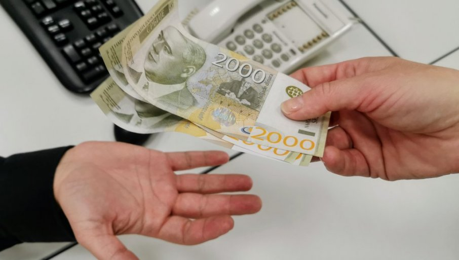 КАКО ДА ДОБИЈЕТЕ 60 ЕВРА: Уплата креће у мају, а ево шта треба да урадите