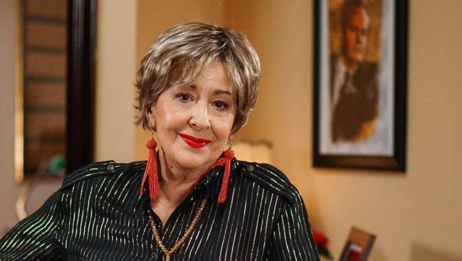 РАДОЗНАЛА САМ ДА САЗНАМ КАКО ЋЕ СЕ СВЕ ОДВИЈАТИ: Светлана Бојковић поделила своје утиске после прве епизоде Породице