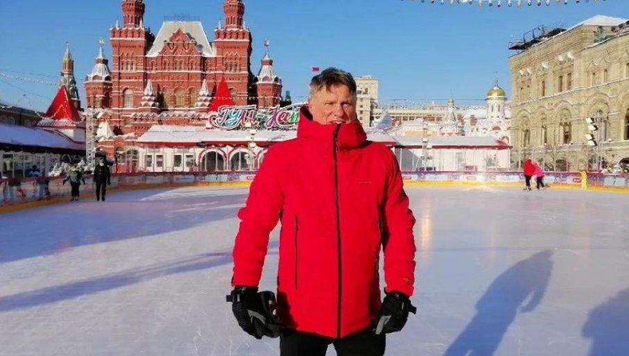 MIROSLAV LAZANSKI KAKVOG DO SADA NISTE VIDELI: Evo šta je srpski ambasador radio jutros u Moskvi (VIDEO)