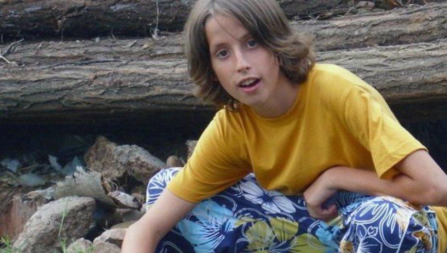 NE MOGU DA ZABORAVIM, DA PREBOLIM: Pre 10 godina je Aleksa (14) zbog vršnjačkog nasilja skočio sa zgrade, bolna poruka oca para srce! (FOTO)
