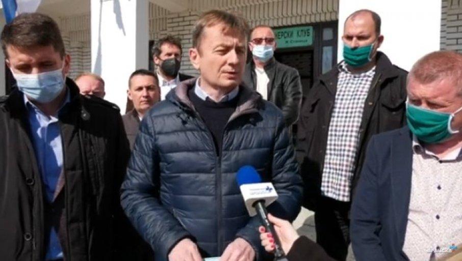 """PREDATA OBJEDINJENA SRPSKA LISTA: """"Aleksandar Vučić – za budućnost Preševa"""" - Izbori 28.marta"""