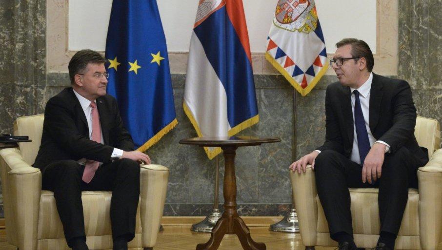 VUČIĆ SUTRA SA LAJČAKOM: Sastanak u 14 sati u zgradi Generalnog sekretarijata predsednika Srbije