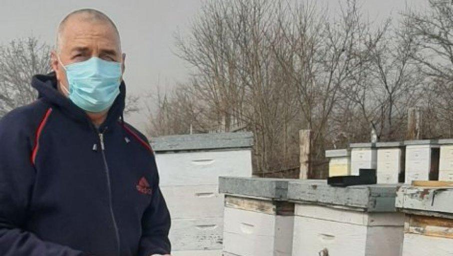 1000 EVRA ZA 100 GRAMA: Momčilo je prvi u Srbiji počeo da se bavi ovim unosnim biznisom