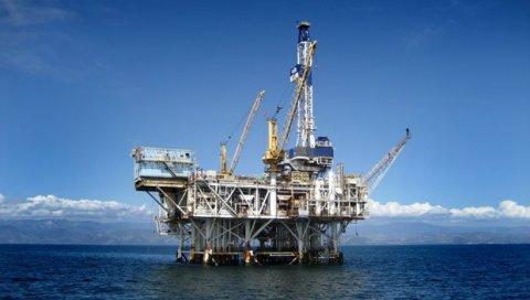 ESTRATÉGIA DA UE CONTRA A RÚSSIA: Exigem a proibição da exploração de petróleo e gás no Ártico