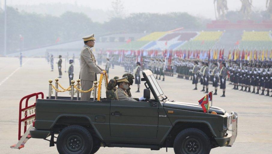 EU i SAD poklonile Putinu Mijanmar na izvolte 79308_tan2021-3-27-7276218-2_f