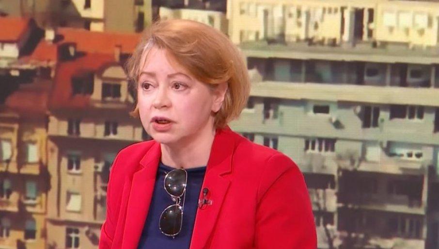 HAOS U STUDIJU: Vesić i Jovana Joksimović smirivali pomahnitalu  antivakcinašicu Milu Alečković (VIDEO) | Novosti.RS