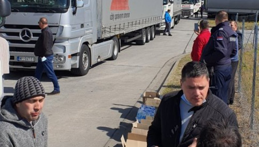 GUŽVE PRED VIKEND: Na Horgošu teretna vozila čekaju sedam sati