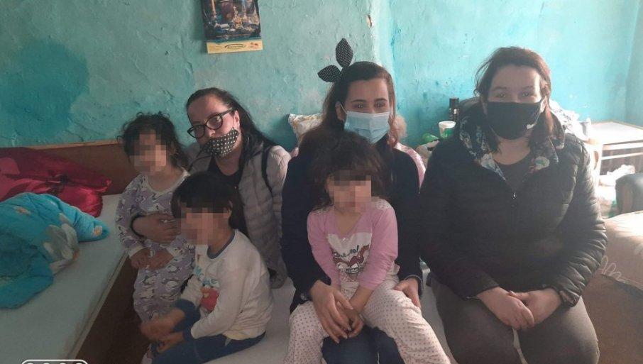 TOTOVI KONAČNO IMAJU STRUJU: Zahvaljujući humanosti, radost u porodici iz Mokrina sa petoro male dece, nakon četiri godine