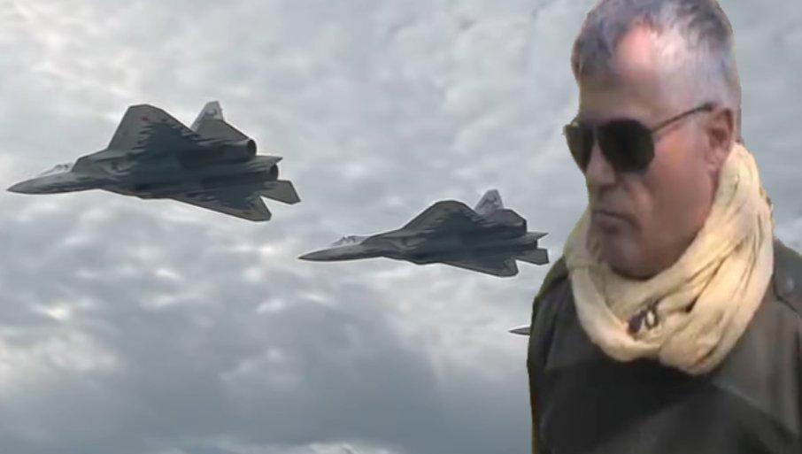 LAZANSKI U TOKU PARADE ČUO ZASTRAŠUJUĆI ZVUK: Su-57 ostavio jak utisak na diplomatu, a evo koje rusko oružje je Srbiji interesantno (VIDEO)