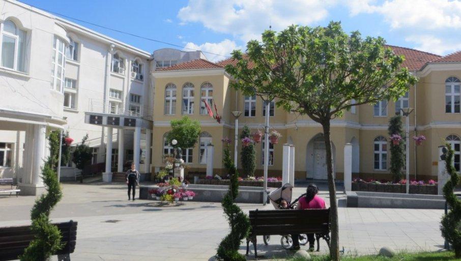 ALBANSKA PROVOKACIJA U PREŠEVU: Srbi napustili zasedanje jer im nije obezbeđen prevod