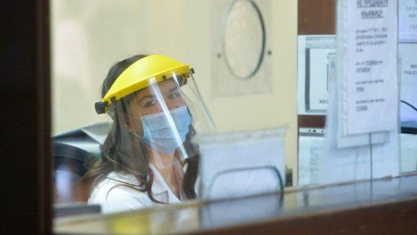 EL VIRUS AMENAZA LA SALUD MENTAL: Un tercio de los empleados durante la pandemia tuvieron estrés adicional y problemas psicológicos.