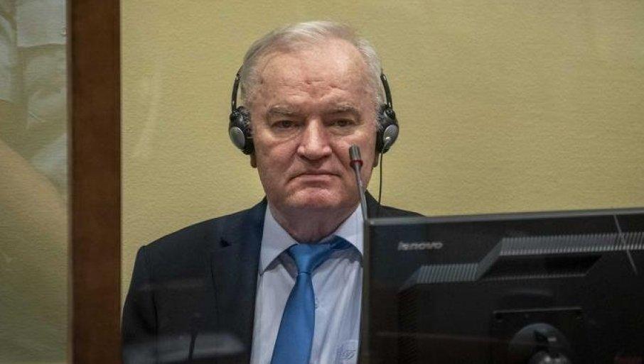 UZDRMANA HAŠKA NEPRAVDA: Izveštaj o Srebrenici donosi novo suđenje?