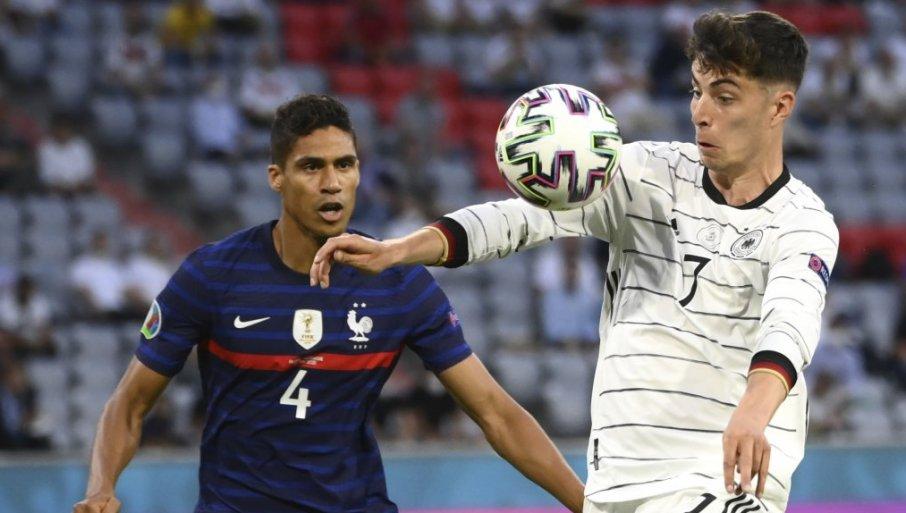 """JUNAJTED DOBIO VELIKO POJAČANJE: Francuski defanzivac stigao na """"Old Traford"""""""