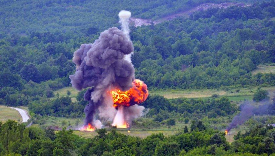 """MUNJEVITI UDAR 2021"" TRESE SRBIJU: Vojska realizuje združenu taktičku vežbu (FOTO)"