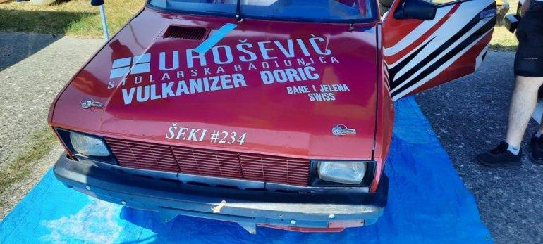 108047 aleksandrovac sekijevo ime i broj 234 ispisano na trkackim automobilima foto fb iff