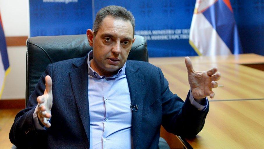 VULIN: Želim da Srbija zna da pristajem na detektor laži i na svako pitanje koje ima ili nema veze sa lažima Belivuka i Miljkovića