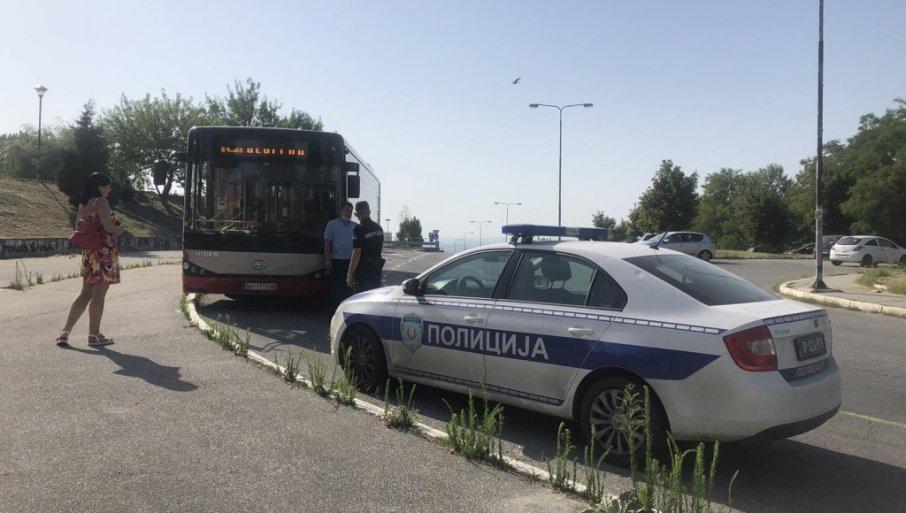 FOTOGRAFIJE SA LICA MESTA: Ovde je pronađen dečak (3) - Niko ne zna zašto je bio sam u autobusu!