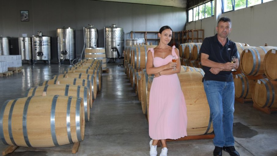 RAKIJA IZ REKOVCA IDE PRAVO U RUSIJU: U podrumu Živadina Vukojičića, pre 13 godina uspešno sa proizvodnje vina prešli na destilat šljive