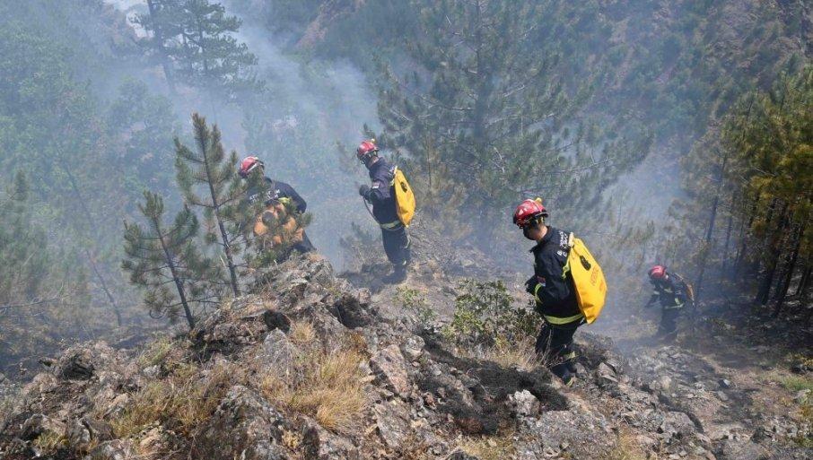 SITUACIJA JE POD KONTROLOM: Lokalizovan požar na Mokroj Gori, ipak, sve ekipe vatrogasaca ostaju na terenu