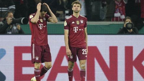 BAJERN OVAKVU KATASTROFU NE PAMTI: Menhengladbah ponizio šampiona Nemačke