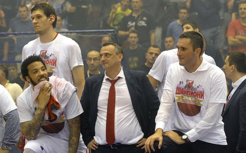 DIPLOMIRAO Dejan Radonjić je Zvezdi doneo triplu krunu Foto N. Paraušić