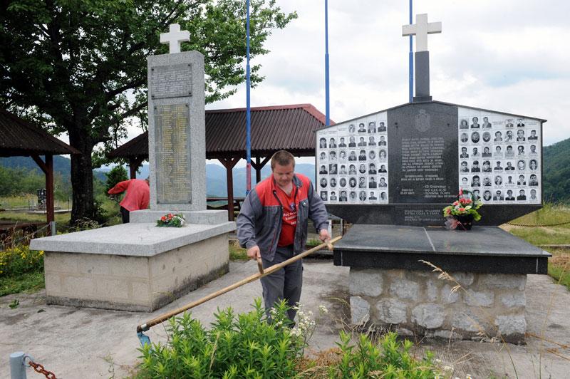 Споменици српским жртвама у Другом светском и последњем рату