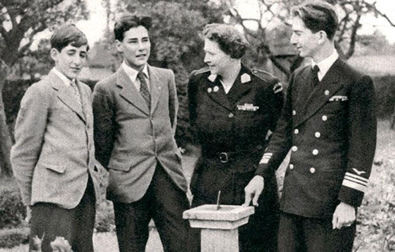 Краљица Марија са синовима Томиславом, Андрејом и Петром