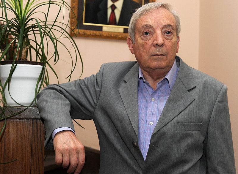 Писац Драган Драгојловић