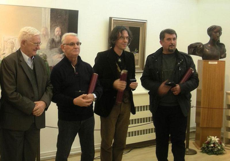 Никола Кусовац са награђеним уметницима