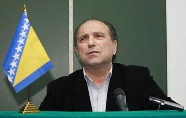 Сакиб Махмуљин