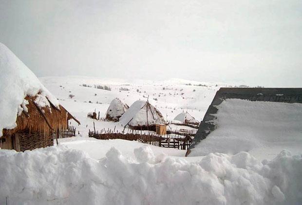 Slikovni rezultat za Pešter škole sneg