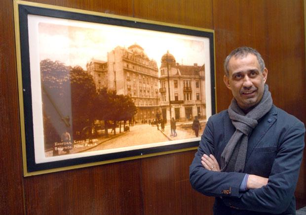 Тома Енаки         Фото Никола Скендерија