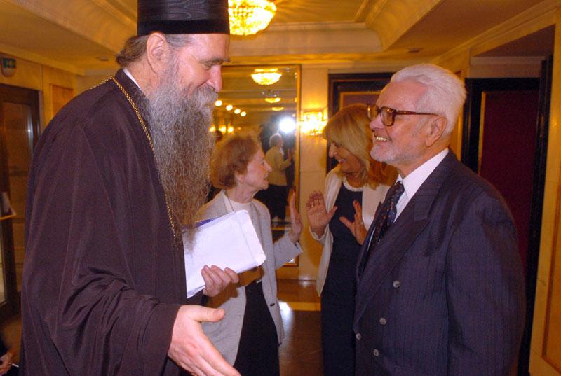 Владика Јоаникије честита Симовићу