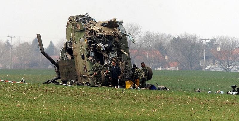 Slikovni rezultat za Niko još nije odgovarao za pad helikoptera