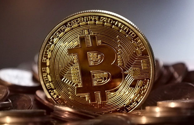 NOVI REKORD BITKOINA: Kriptovaluta dostigla cenu od 6.616 dolara