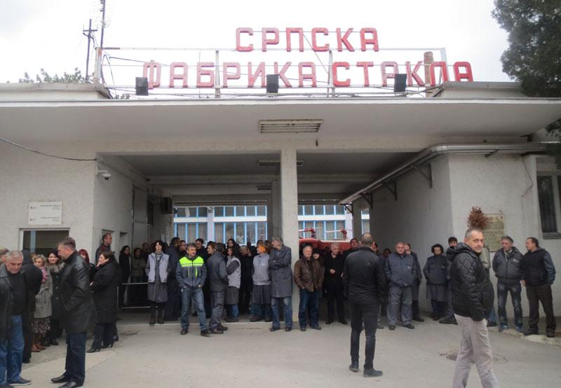 """Radnici """"Srpske fabrike stakla"""" nisu dozvolili isključenje"""