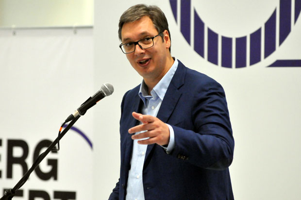 Vučić: Cilj - nezaposlenost ispod 10 odsto (FOTO)