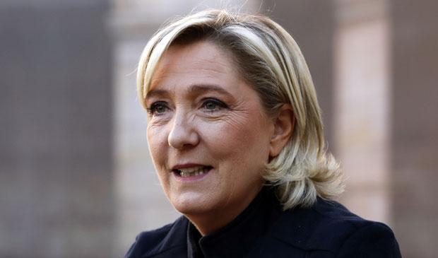 Марин ле Пен: Из Бриселa нам свима навлачe лудачке кошуље 4