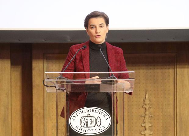 """Brnabić: """"Nered"""" u globalnoj ekonomiji šansa za Srbiju"""