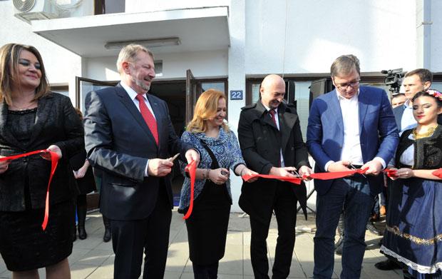 Otvorena fabrika kablova za auto-industriju u Trsteniku, Vučić obećao nova radna mesta