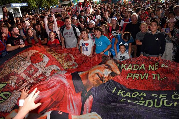Novakovi navijači Foto: EPA